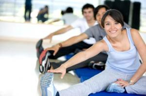 ภาพประกอบคนกำลังทำท่าออกกำลังกาย