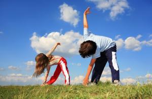 เด็กกำลังออกกำลังกาย