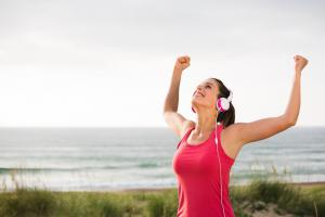 ออกกำลังกายกลางแจ้ง ประโยชน์ดี ๆ ที่สัมผัสได้