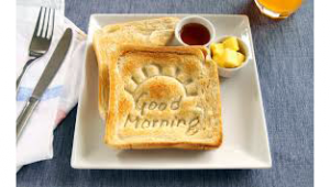 รูปประกอบเป็นรูปขนมปังปิ้งเขียนคำว่า good morning