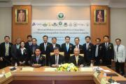 สวรส. ร่วม 10 หน่วยงาน ลงนามความร่วมมือ วิจัยพัฒนาการใช้ข้อมูลพันธุกรรมทางการแพทย์และสาธารณสุขไทย